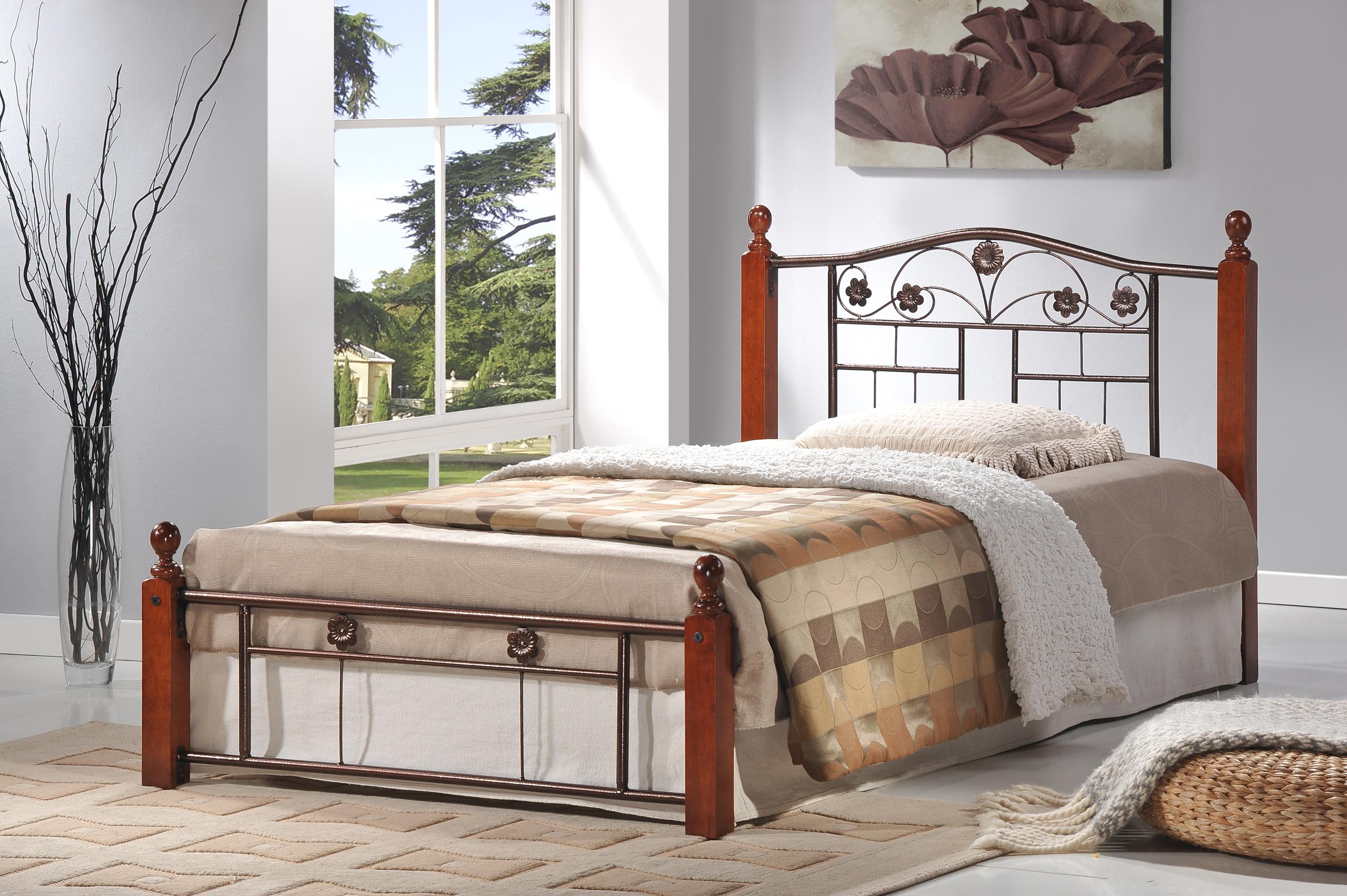 hi 803 metal bed with wood posts